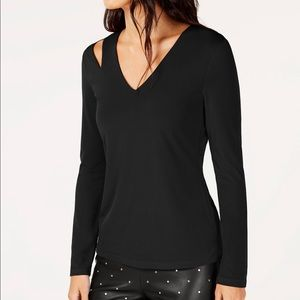NWT INC Women's Cutout V-Neck Sweater Top I62